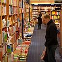 https://www.buecher-wiki.de/uploads/BuecherWiki/th128---ffffff--buchladen_buchmarkt.jpg.jpg