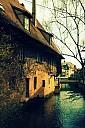https://www.buecher-wiki.de/uploads/BuecherWiki/th128---ffffff--fachwerkhaus_angieconscious-pix.jpg.jpg
