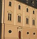 https://www.buecher-wiki.de/uploads/BuecherWiki/th128---ffffff--neue_fassade.jpg.jpg